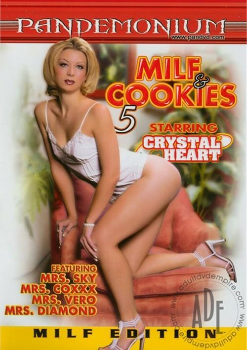 MILF & Cookies 5
