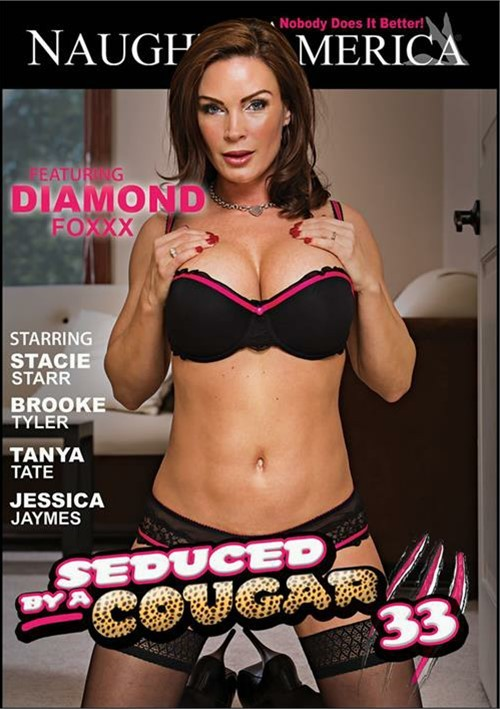 Seduced By A Cougar Vol. 33