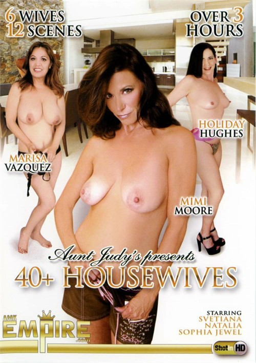 Aunt Judys Presents 40+ Housewives
