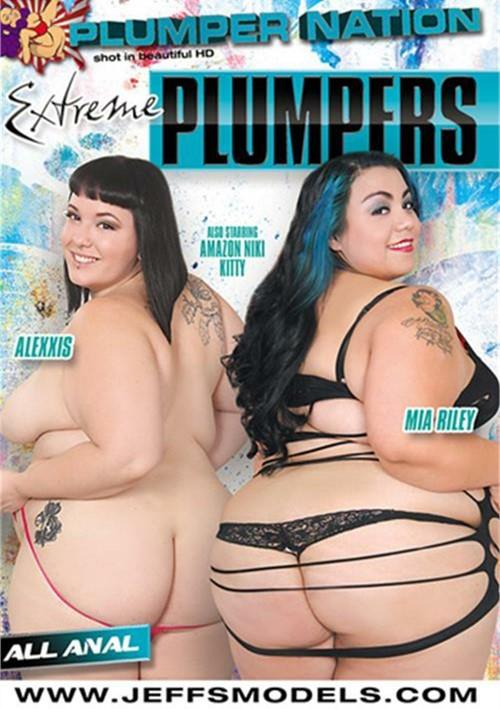 Guarda Plumper milf Savannah Star riding a fat dick su il miglior sito di porno hardcore.