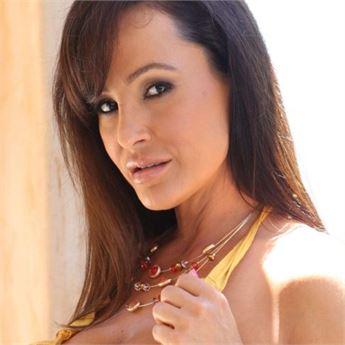 Pornstar Lisa Ann.
